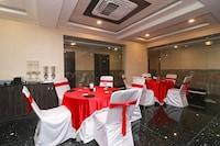 Capital O 27765 Hotel Vip Square Deluxe
