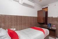 OYO 27775 Hotel Srinivasa Residency Saver