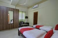 OYO 27781 Sri Sai Comforts