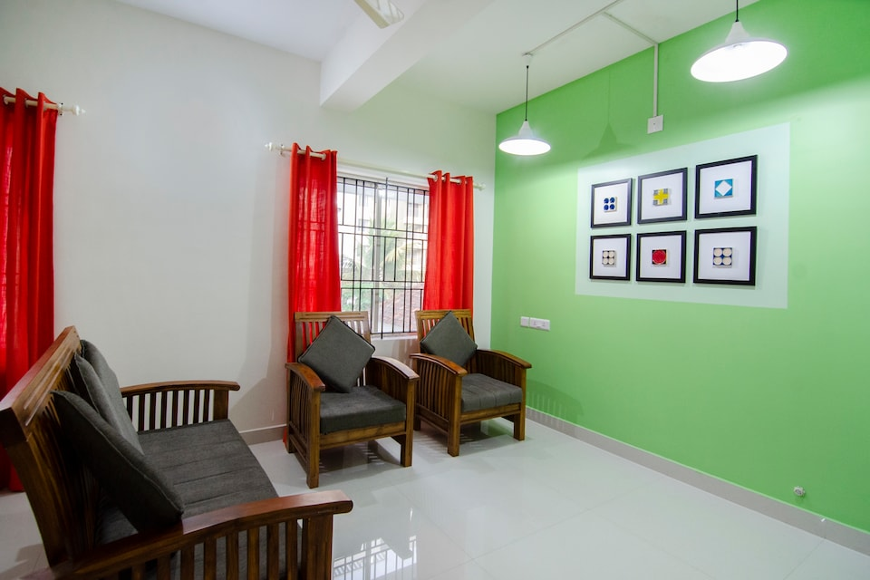 OYO 27788 Elegant Stay Near International Airport