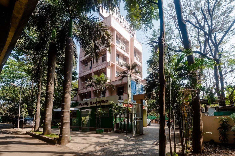 OYO 27797 Hotel Pratham Lodging -1