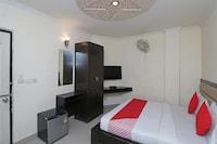 OYO 27812 Hotel Shoba Residency