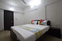 OYO Home 27814 Premium 2BHK Bhuwana