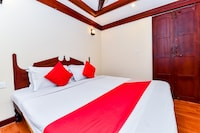 OYO 27849 Gold River Indraprastha Houseboatindraprastha Gold River 6bhk Deluxe