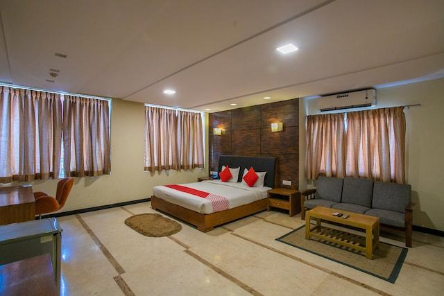 OYO 27859 Agi Dynasty Suites
