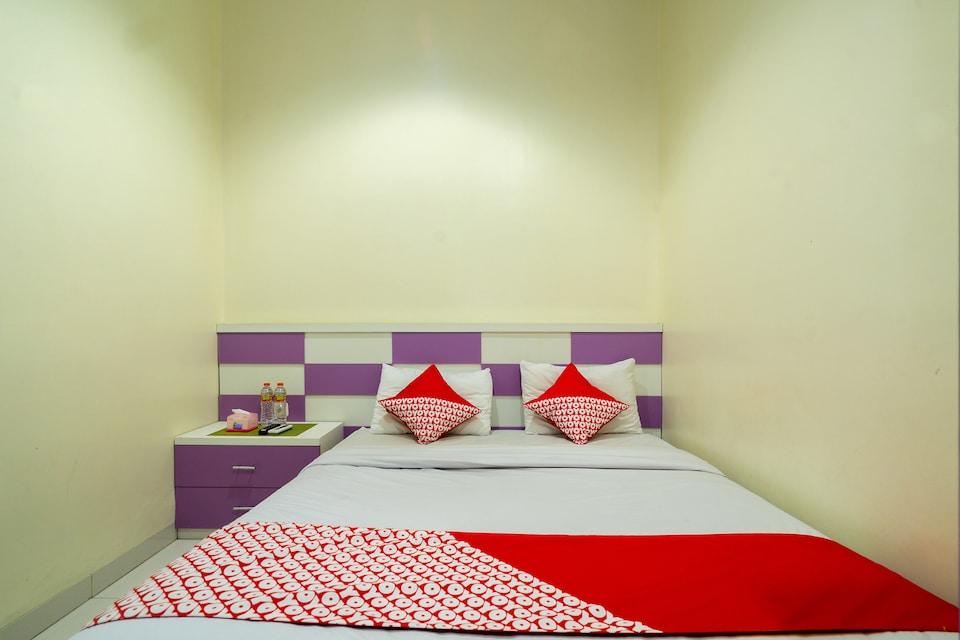 OYO 342 De'kayakini Hotel