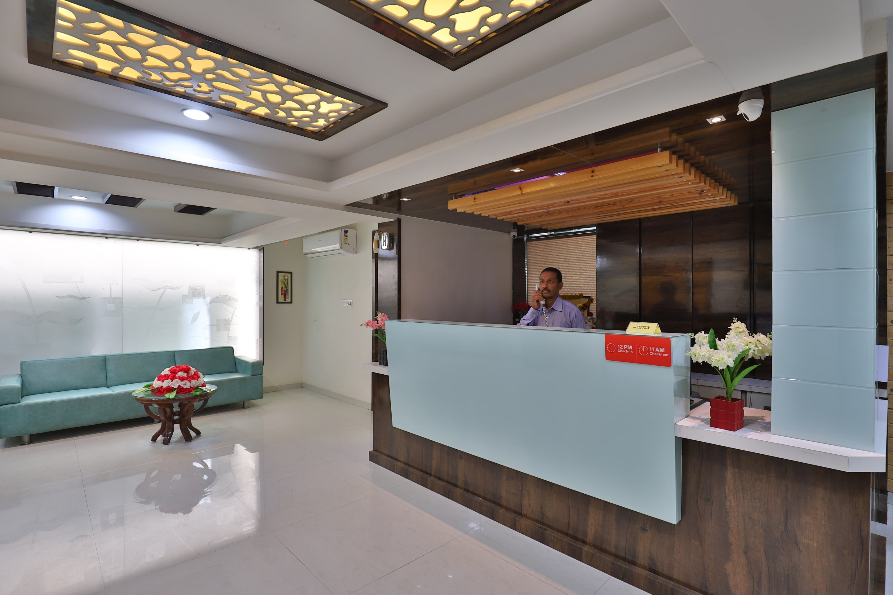 Hotel Gallarey OYO 27897 Hotel The Grand Bansi