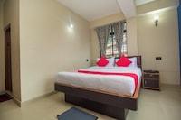 OYO 27898 Hotel Isita International