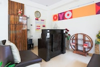 OYO 27915 Rs Royal Home Stay