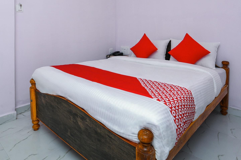 OYO 27936 Hotel Welcome Tirupati -1