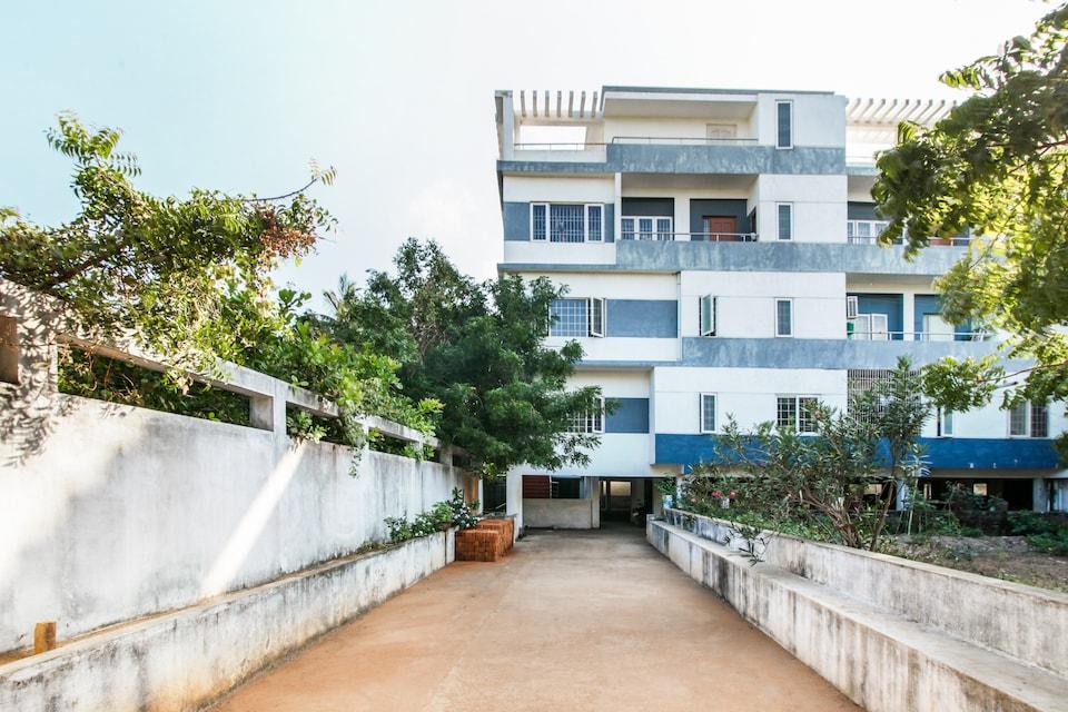 OYO Home 27945 Elegant 3bhk Near Serenity Beach, Aurovile, Pondicherry