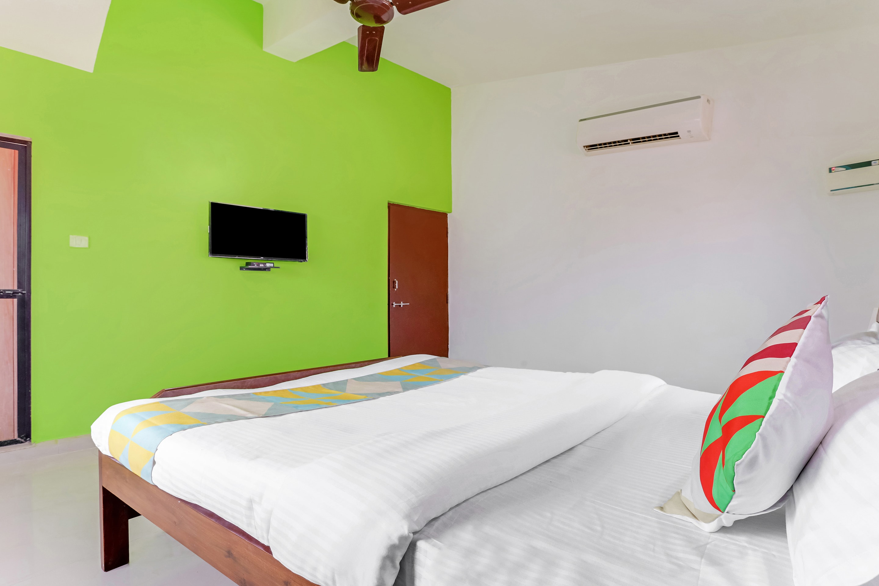 Hotel Gallarey OYO Home 27957 Spacious Stay Parra