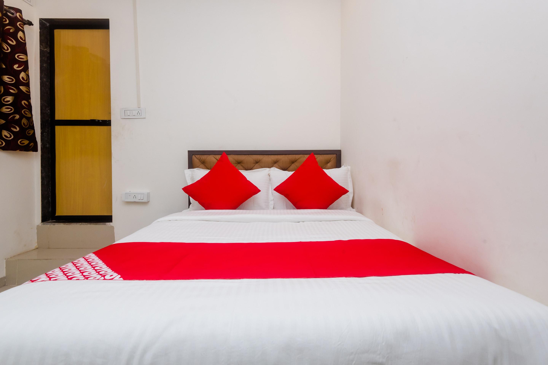 OYO 28001 Hotel Sai Darshan