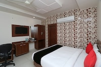 Capital O 28016 Hotel Big Dream