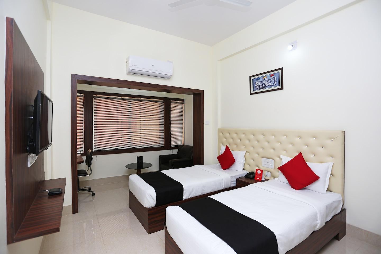 Capital O 28034 Triple Tree Hotels & Resorts -1