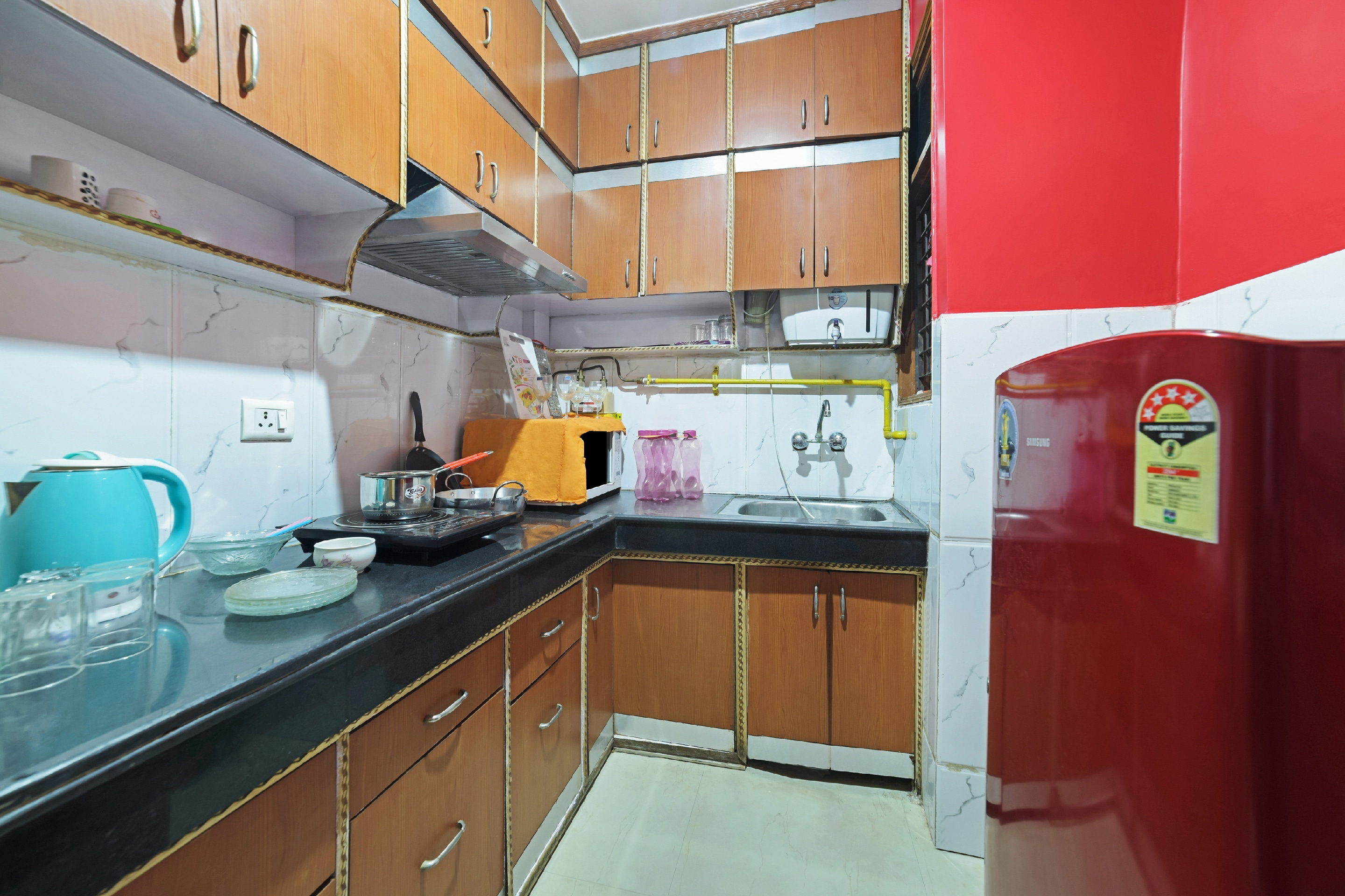 OYO Home 28045 Lively Stay Dwarka