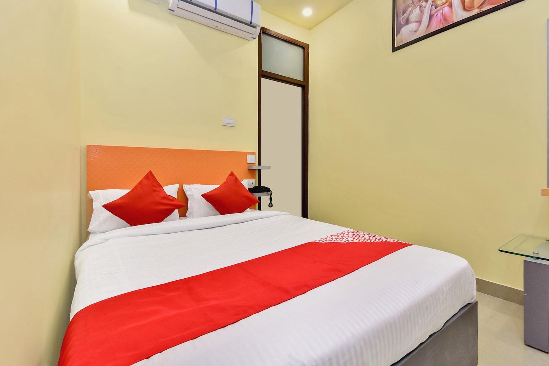 OYO 28054 Hotel Suraj Villa -1