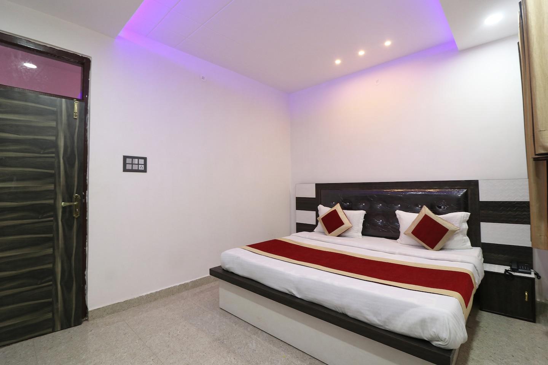 OYO 28058 Hotel Gold Galaxy -1