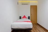 OYO 366 Thamadhiro Residence