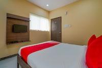 OYO 28124 Alekhya Residency