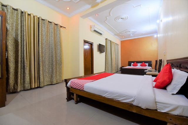 OYO 28146 Hotel Virsa Suite