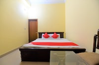 OYO 28146 Hotel Virsa Saver