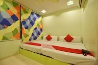 OYO 3311 Hotel Apple 9