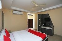 OYO 28157 Hotel Green Field Deluxe