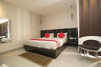 OYO 28171 Kava Suites Deluxe