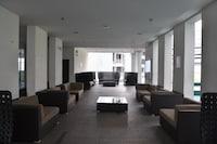 OYO Home 704 Premium 1BR Regalia Residence