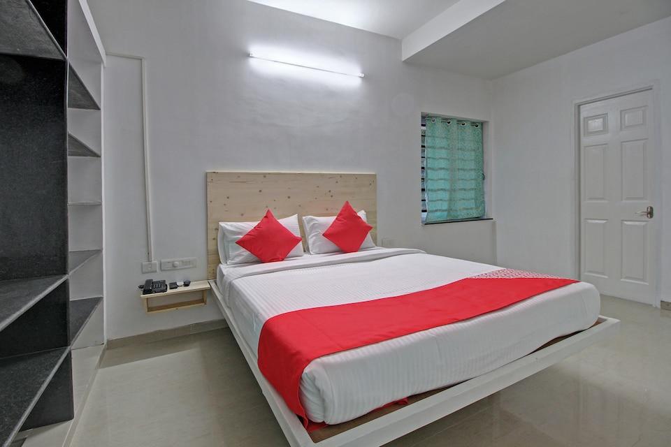 OYO 28223 Sri Sharu Enclave