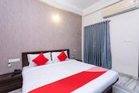 OYO 28226 Hotel Keshav Inn