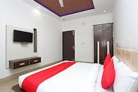 OYO 28227 Hotel Abhinandan