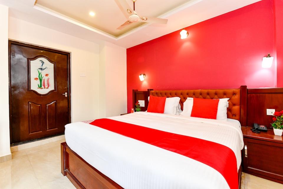 Capital O 28276 Harshavardhana Inn