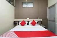 OYO 28283 Hotel Medico Residency Saver