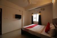 OYO 28285 Maruthi- Luxury Rooms