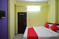 OYO 28295 Hotel Reyansh Galaxy Saver