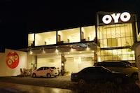 OYO 379 Grand Mundu