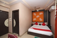 OYO 28314 Hotel Larica