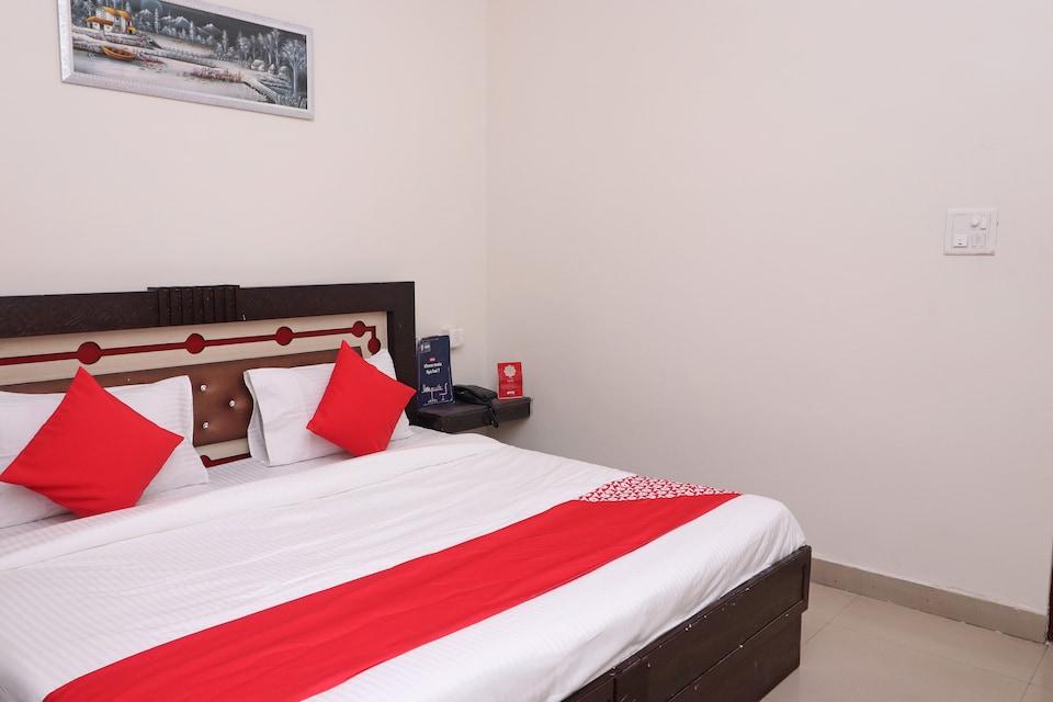 OYO 28374 Hotel Durga, Asansol, Asansol