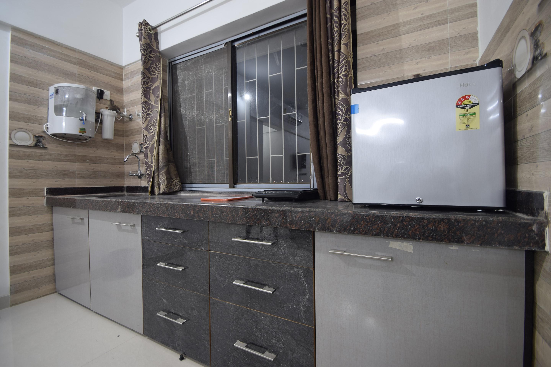 OYO Home 28396 Spacious Studio Bhuwana