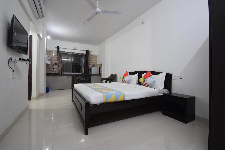OYO Home 28396 Spacious Studio Bhuwana -1