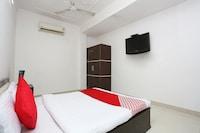 OYO 28411 Taj Guest House