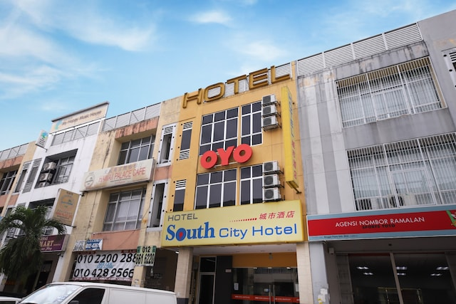 OYO 725 South City Hotel