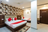 OYO 28438 Hotel Kanika Deluxe