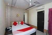 OYO 28439 Skylark Hotel