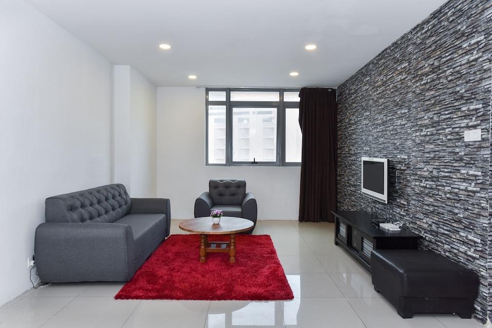 OYO Home 729  Premium 2BR Taragon Puteri