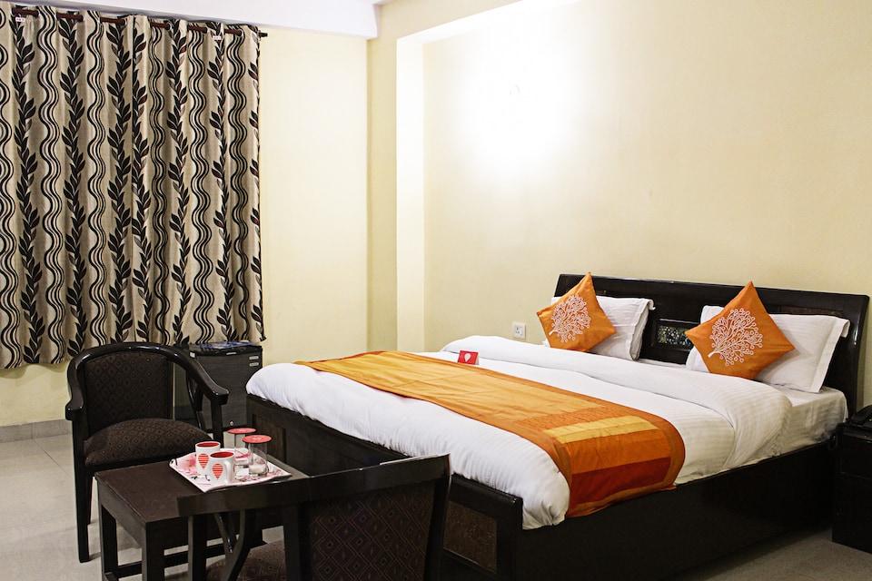 OYO 3343 Hotel Jana Residency