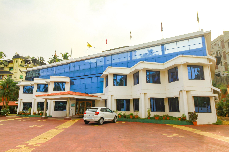 OYO 28567 Krishna Holiday Village