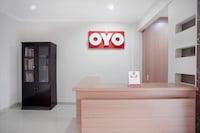 OYO 415 The Kartini 8 Residence
